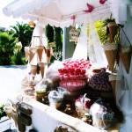 Precioso carrito de golosinas de boda
